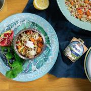 Теплий салат з перлової крупи, батату, гранату та Almette